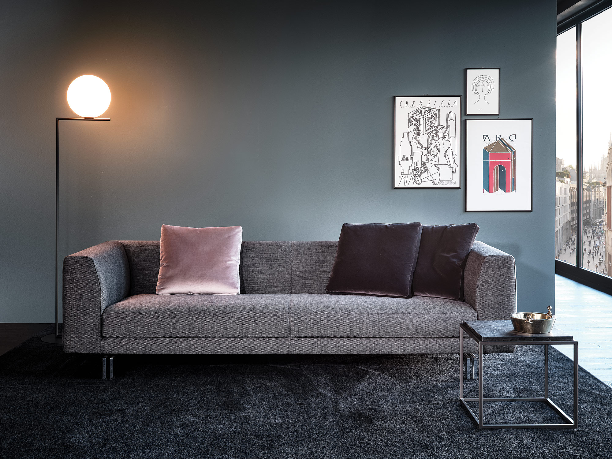 Mussi Alexander sofa with high armrest
