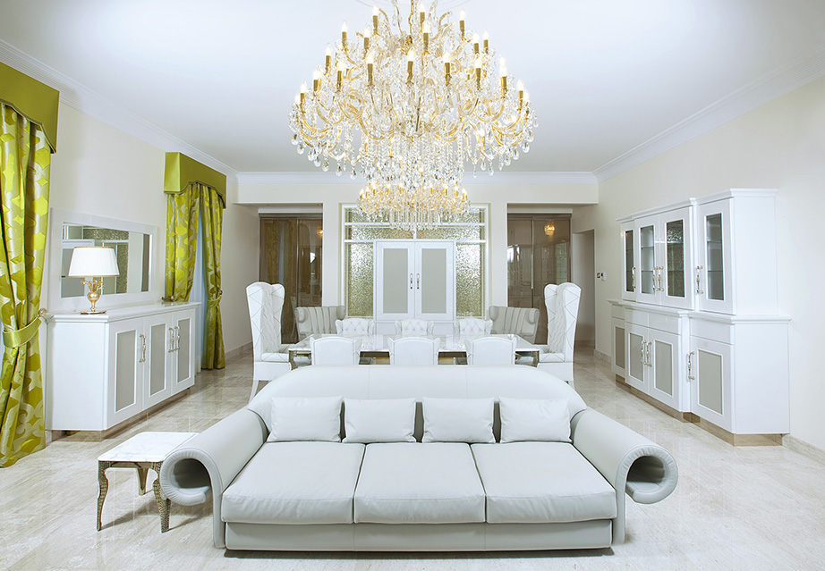 Mussi custom projects: tailormade Italian furniture, white sofa