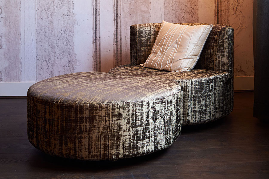 Mussi masterpieces: custom made Sedutalonga sofa