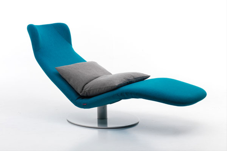 Mussi masterpieces: custom made Kangura chaise longue